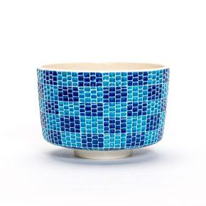 交趾モザイク市松茶碗『夏霞』Kōchi mosaic Ichimatsu tea-bowl 'Natsu-gasumi' Summer Haze
